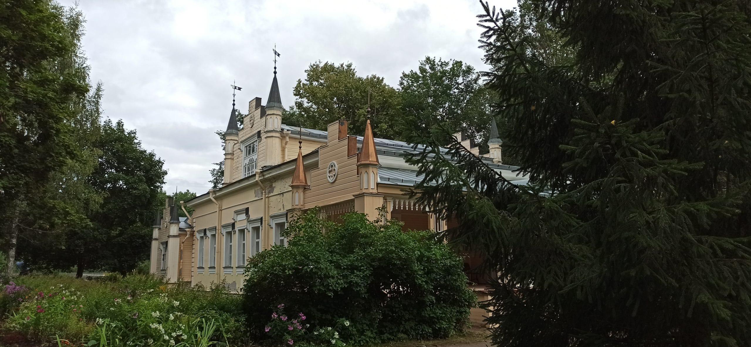 Усадьбы Волосовского района: Извара