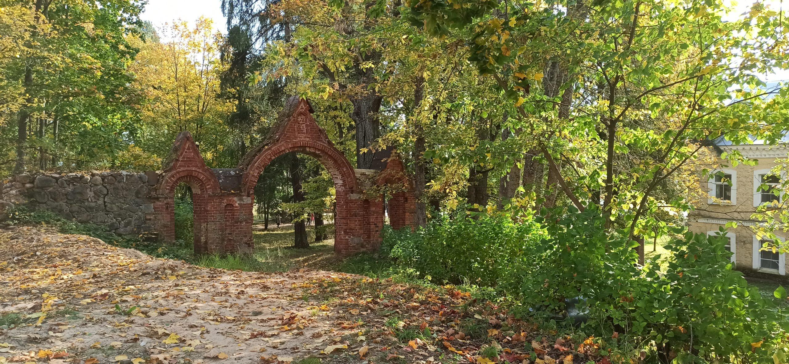 Вокруг Луги: Череменецкий монастырь