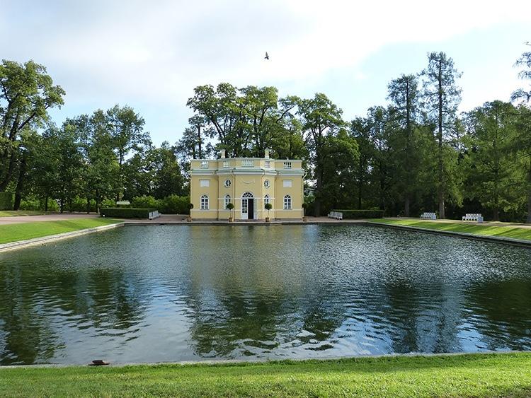 Царские бани в Пушкине: верхняя ванна
