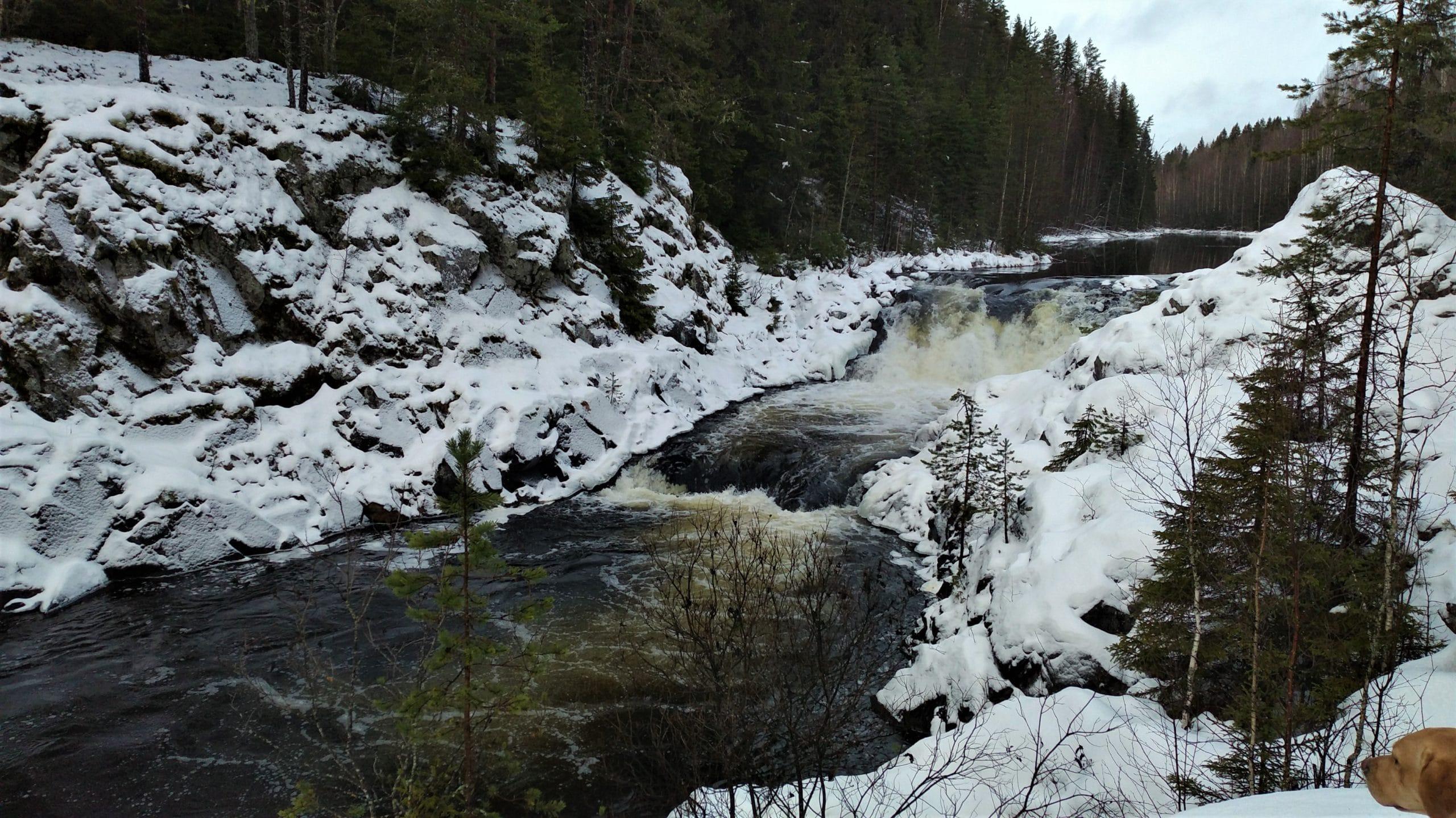 Что посмотреть в Карелии: водопад Кивач